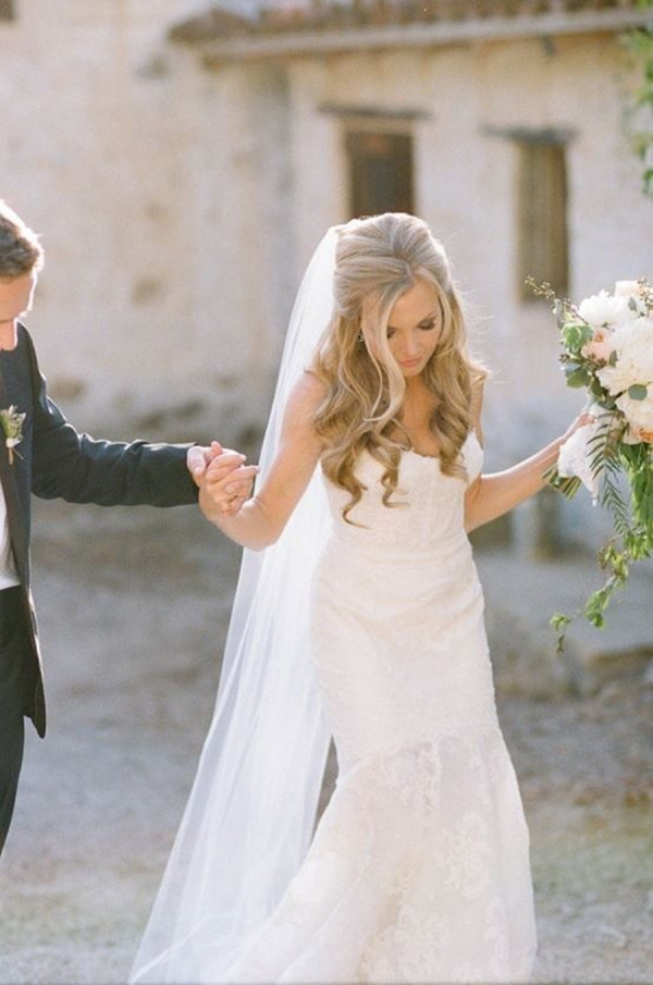 Down Hairstyles For Brides  20 Creative and Beautiful Wedding Hairstyles for Long Hair