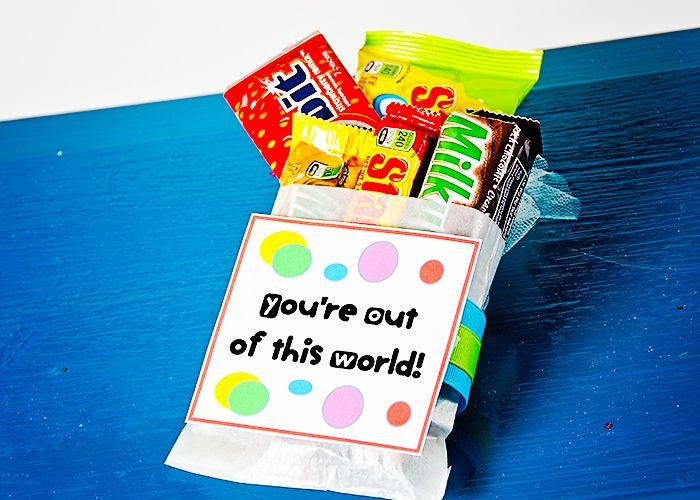 Easy Birthday Gift Ideas  25 Inexpensive DIY Birthday Gift Ideas for Women