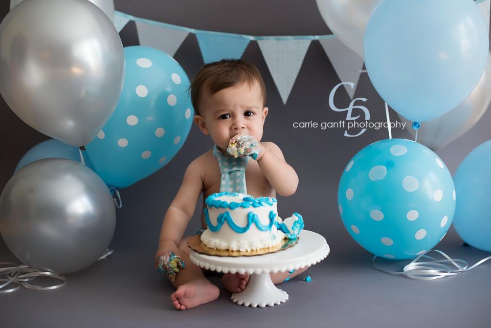 First Birthday Cake Smash  Raphael 1 Year Atlanta Baby graphy