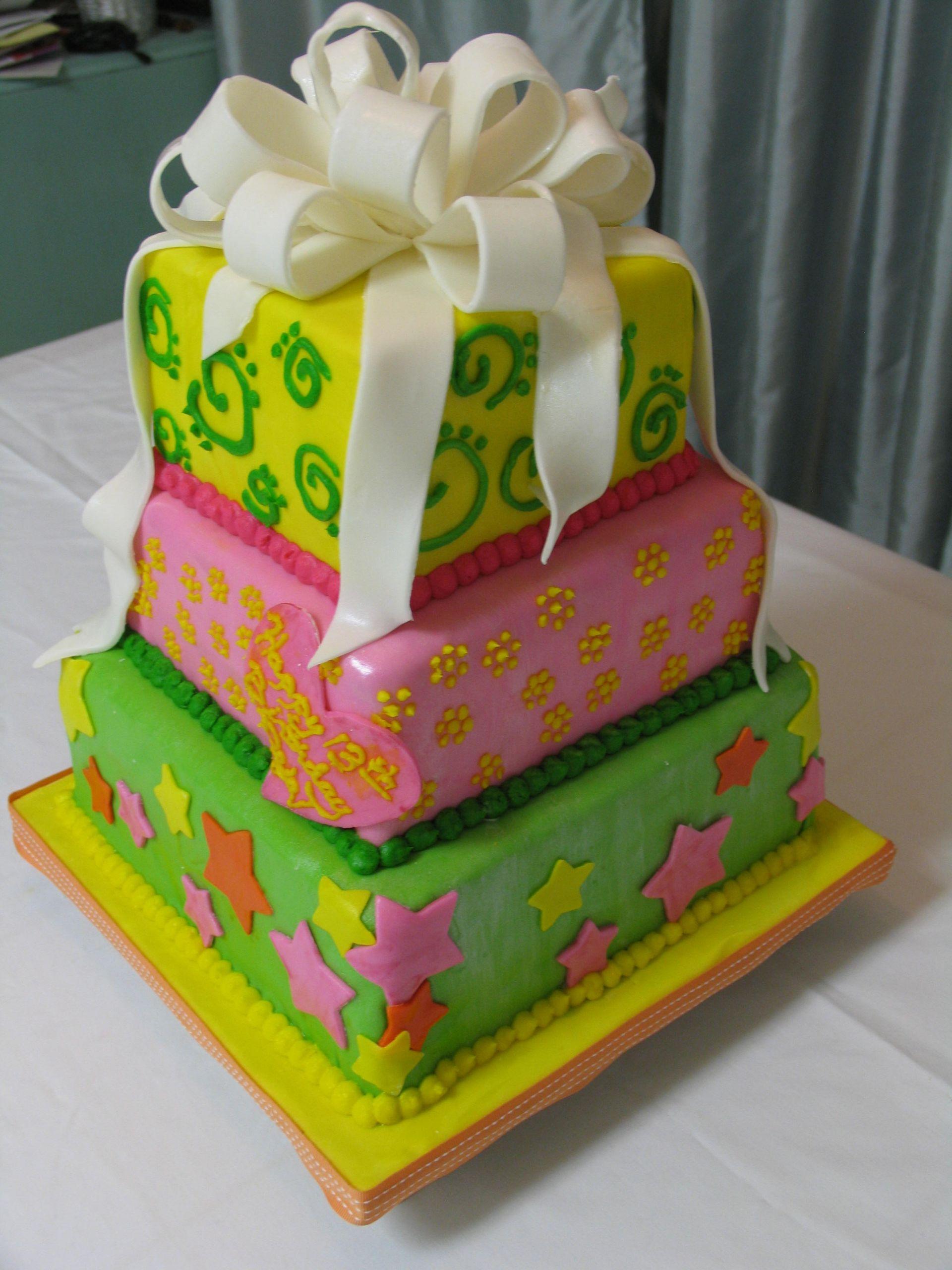 Fondant Birthday Cakes  Fondant Birthday Bow