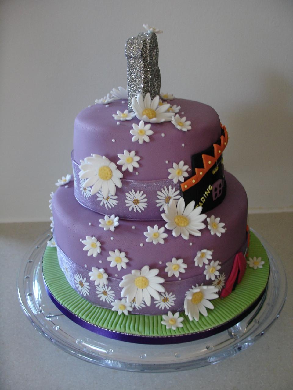 Fondant Birthday Cakes  Music Festival 18Th Birthday Fondant Cake CakeCentral