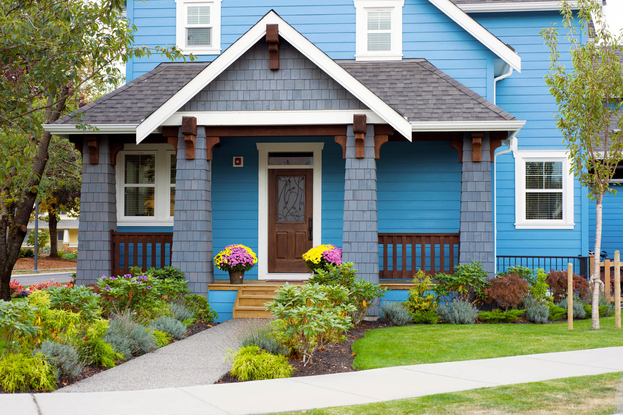 Front Yard Landscape Picture  6 Bud Friendly Ways to Landscape Your Front Yard