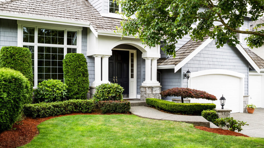 Front Yard Landscape Picture  Front Yard Landscaping Ideas to Try Now Before It s Too