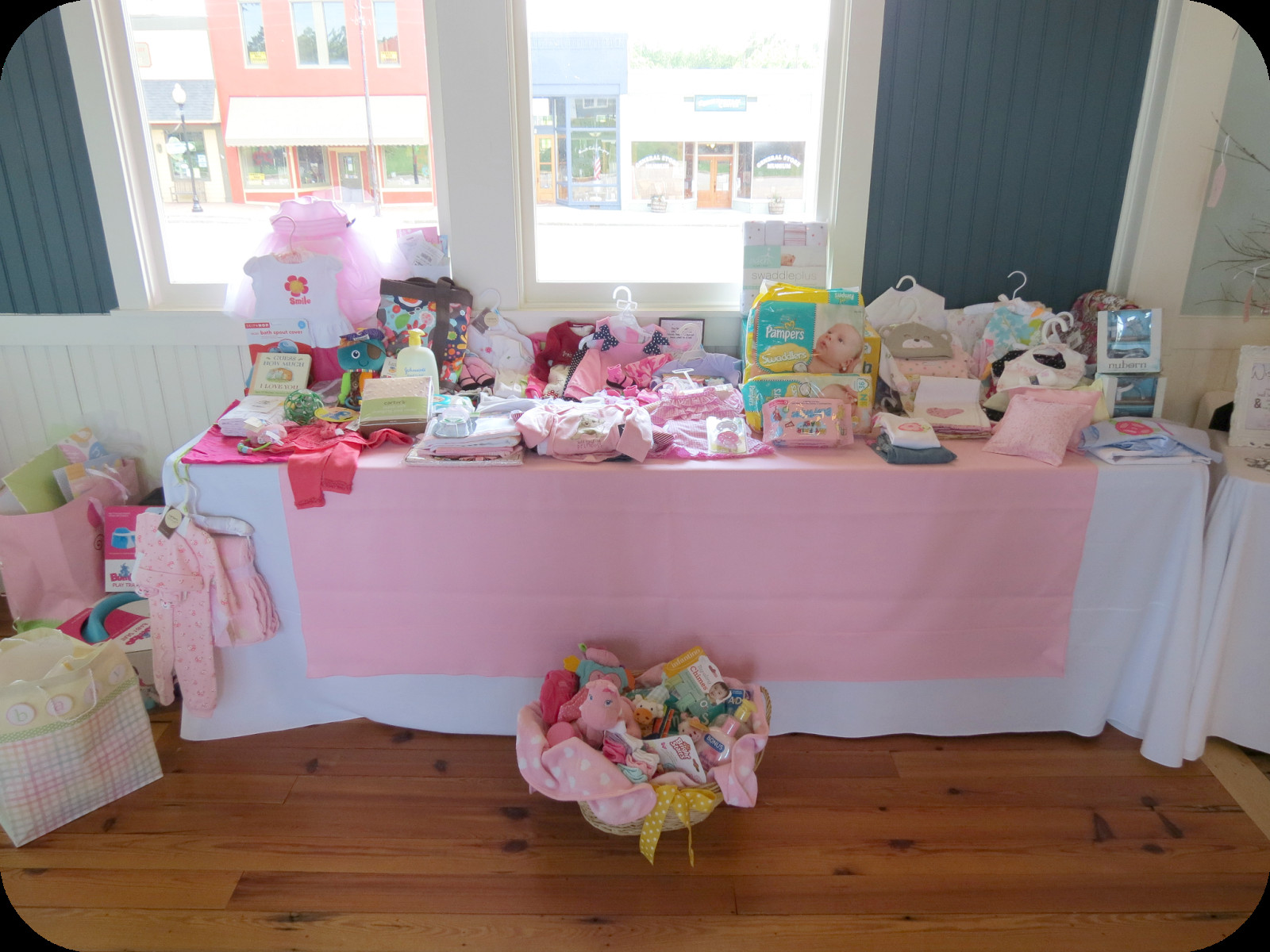 Gift Table Baby Shower Ideas  Sweet Beginnings Baby Shower