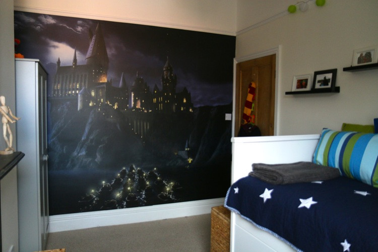 Harry Potter Bedroom Wallpaper  Flea s Harry Potter Bedroom Makeover Who s the Mummy