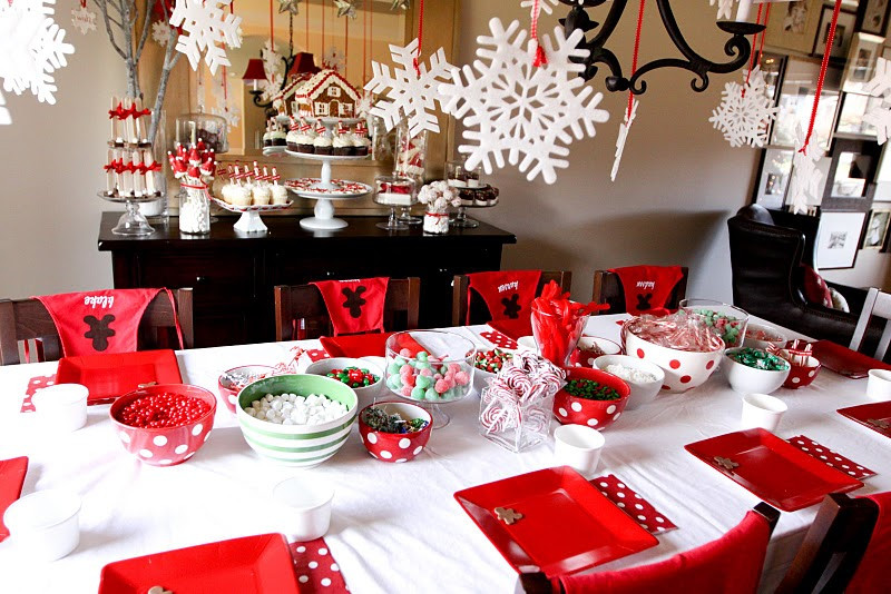 Holiday Party Decorating Ideas  Minty Me
