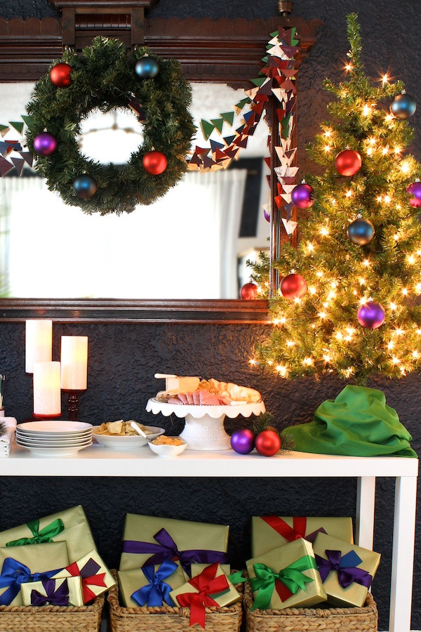 Holiday Party Decorating Ideas  Christmas Party Decorations A Gorgeous Holiday Table