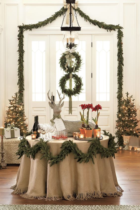 Holiday Party Decorating Ideas  How to Make Your Space Elegant During The Christmas Party