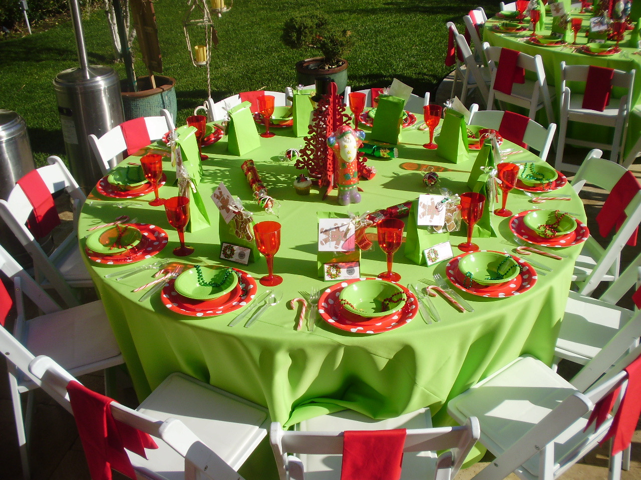 Holiday Party Decorating Ideas  20 Christmas Party Decorations Ideas for This Year