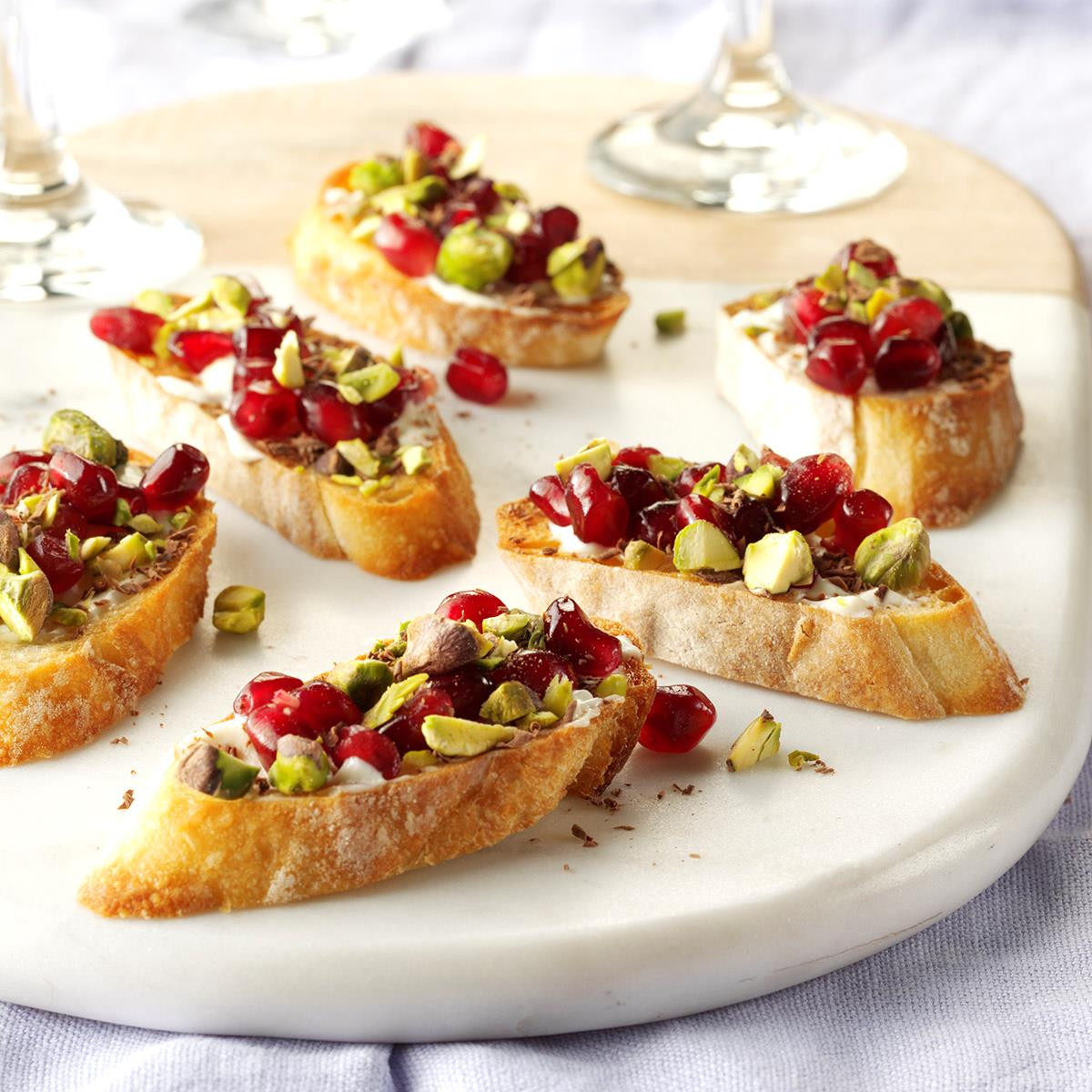 Holiday Party Recipe Ideas  40 Easy Christmas Appetizer Ideas Perfect for a Holiday