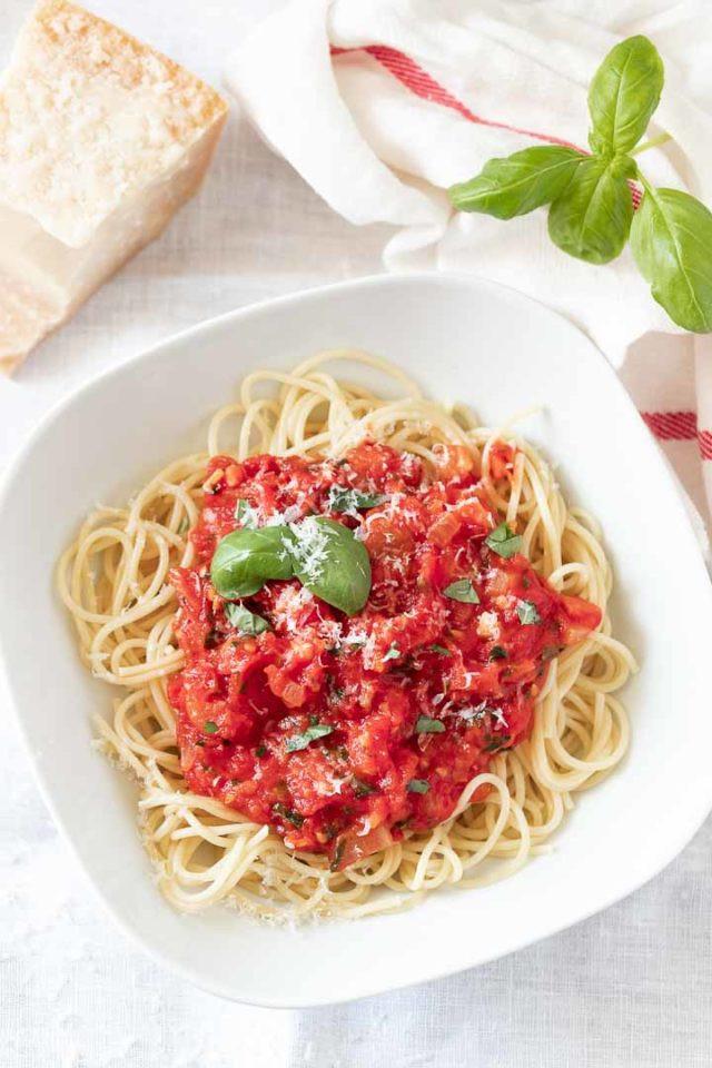 Homemade Spaghetti Sauce From Fresh Tomatoes Real Italian  Fresh Tomato Sauce Recipe Easy Italian Pasta Sauce