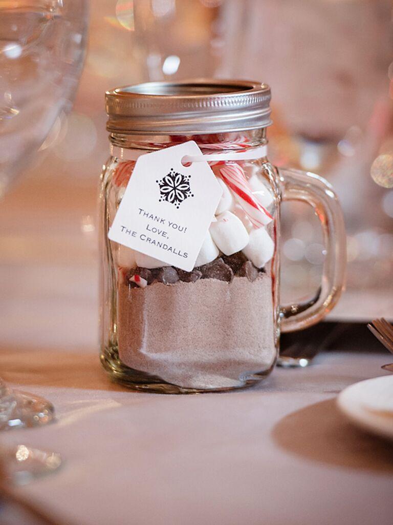 Homemade Wedding Gifts  25 DIY Wedding Favors for Any Bud
