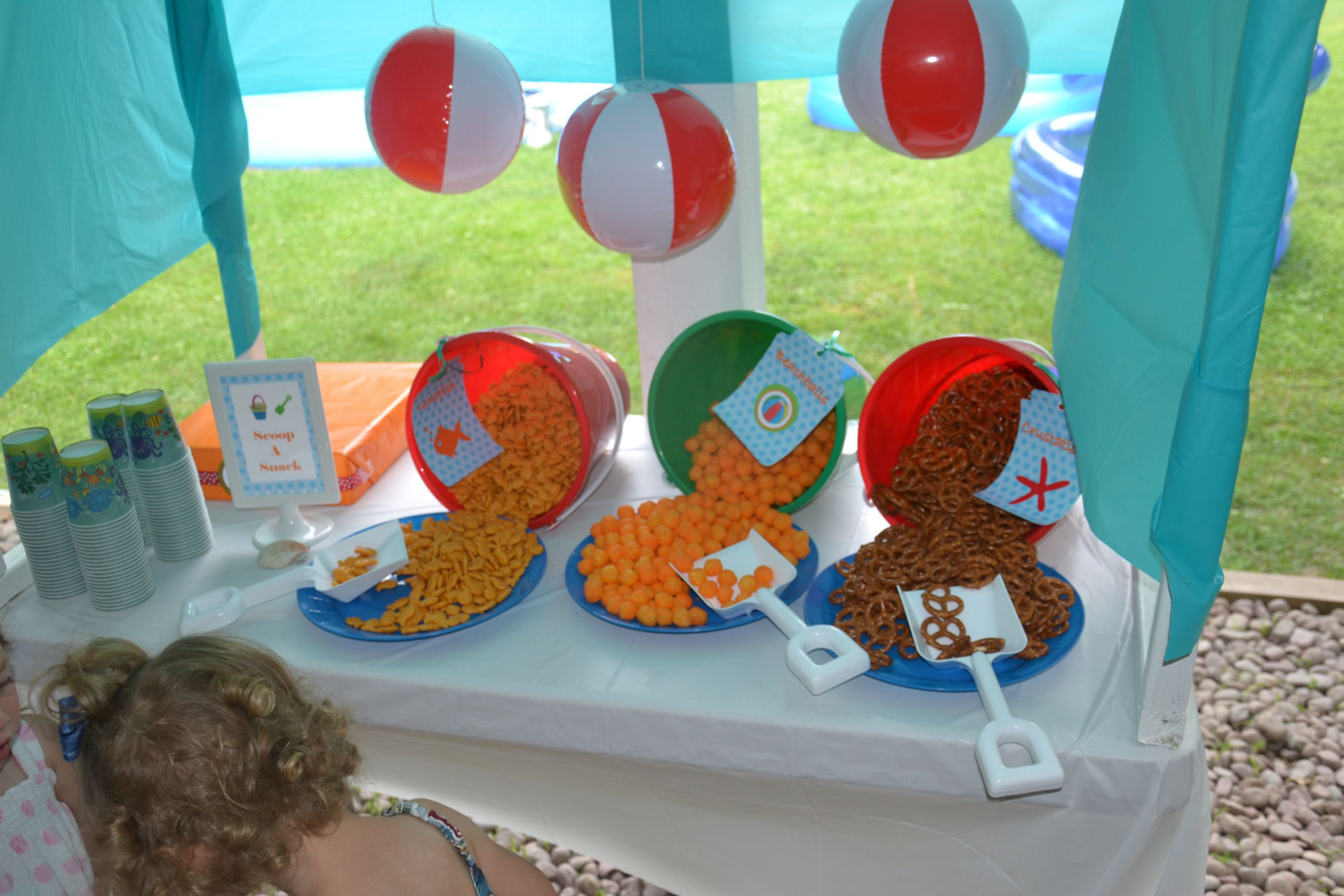 Ideas For A Beach Party  Party on a Bud  Ideas for Serving Summer Snacks