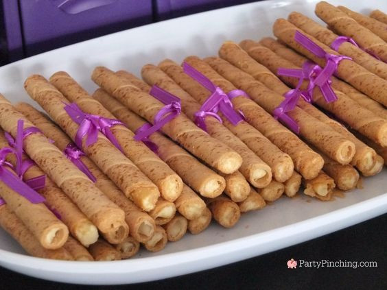 Inexpensive Graduation Party Food Ideas  Best Graduation Party Food ideas best grad open house