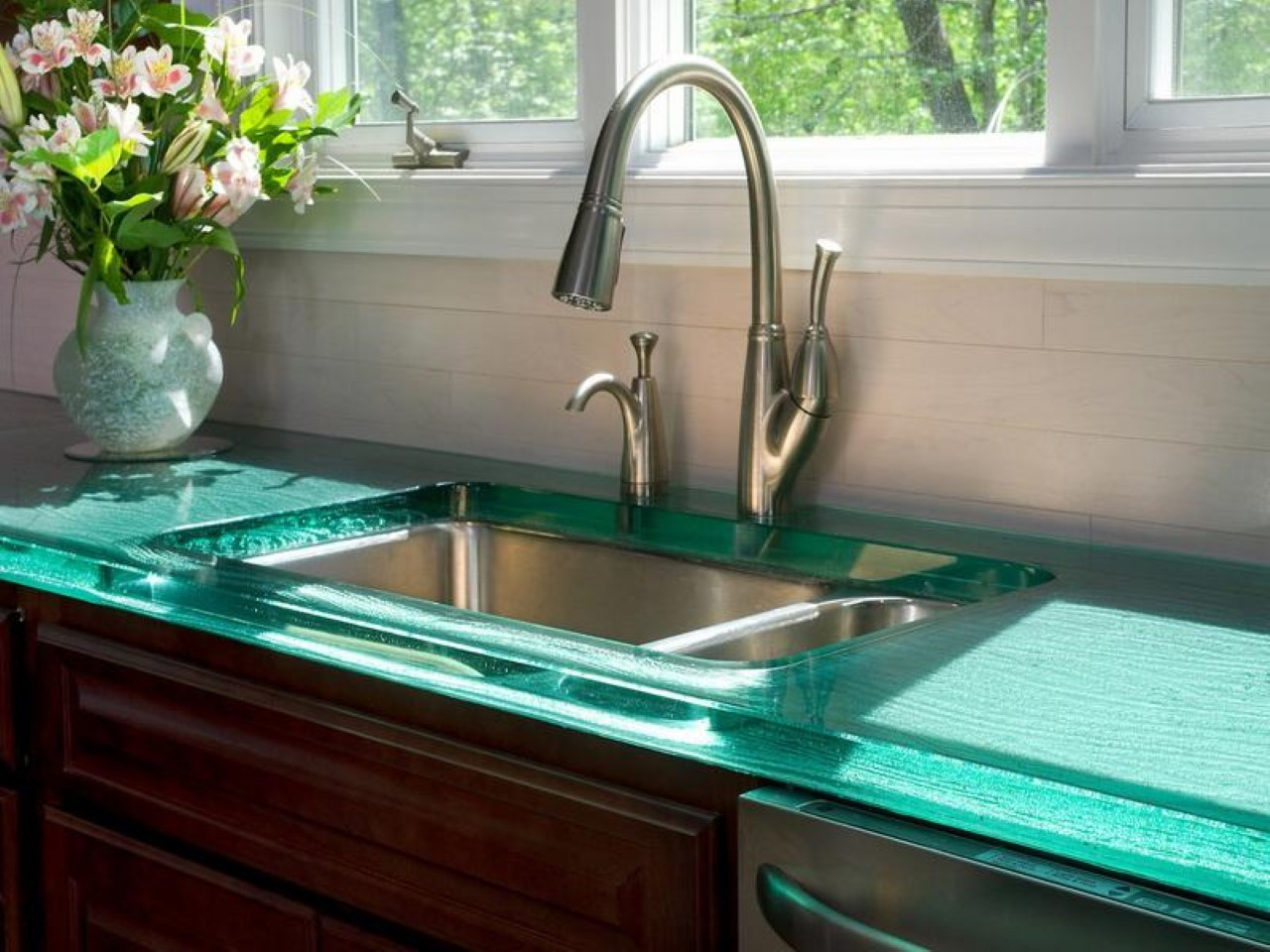 Inexpensive Kitchen Counter  Creative Kitchen Counter top Design Disguises Low Cost