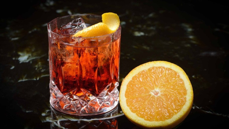 Italian Cocktail Recipes  How to make the perfect Negroni cocktail the original