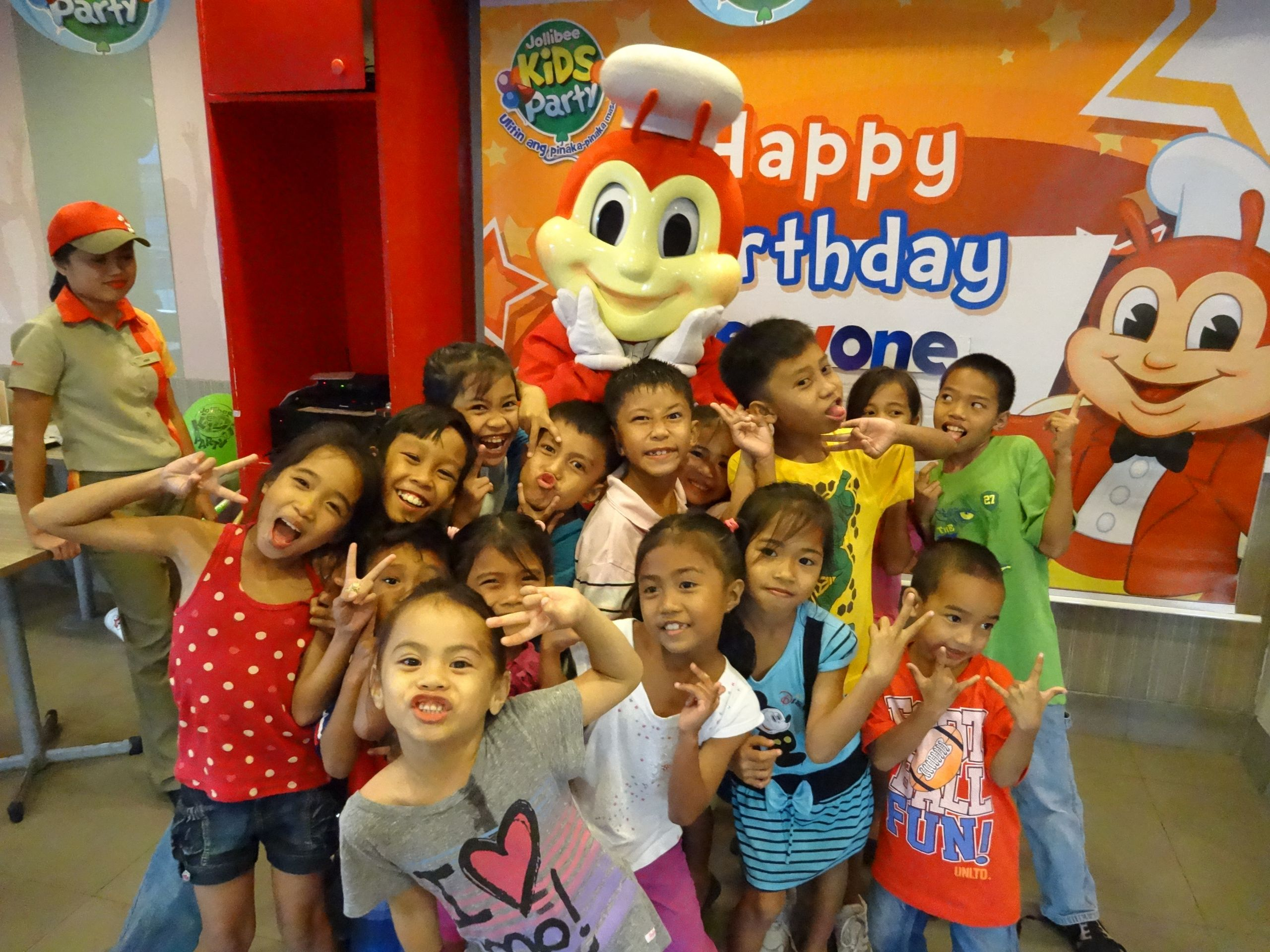 Jollibee Kids Party  The Kid's Super Awesome Jollibee Party – My Philippine Dreams
