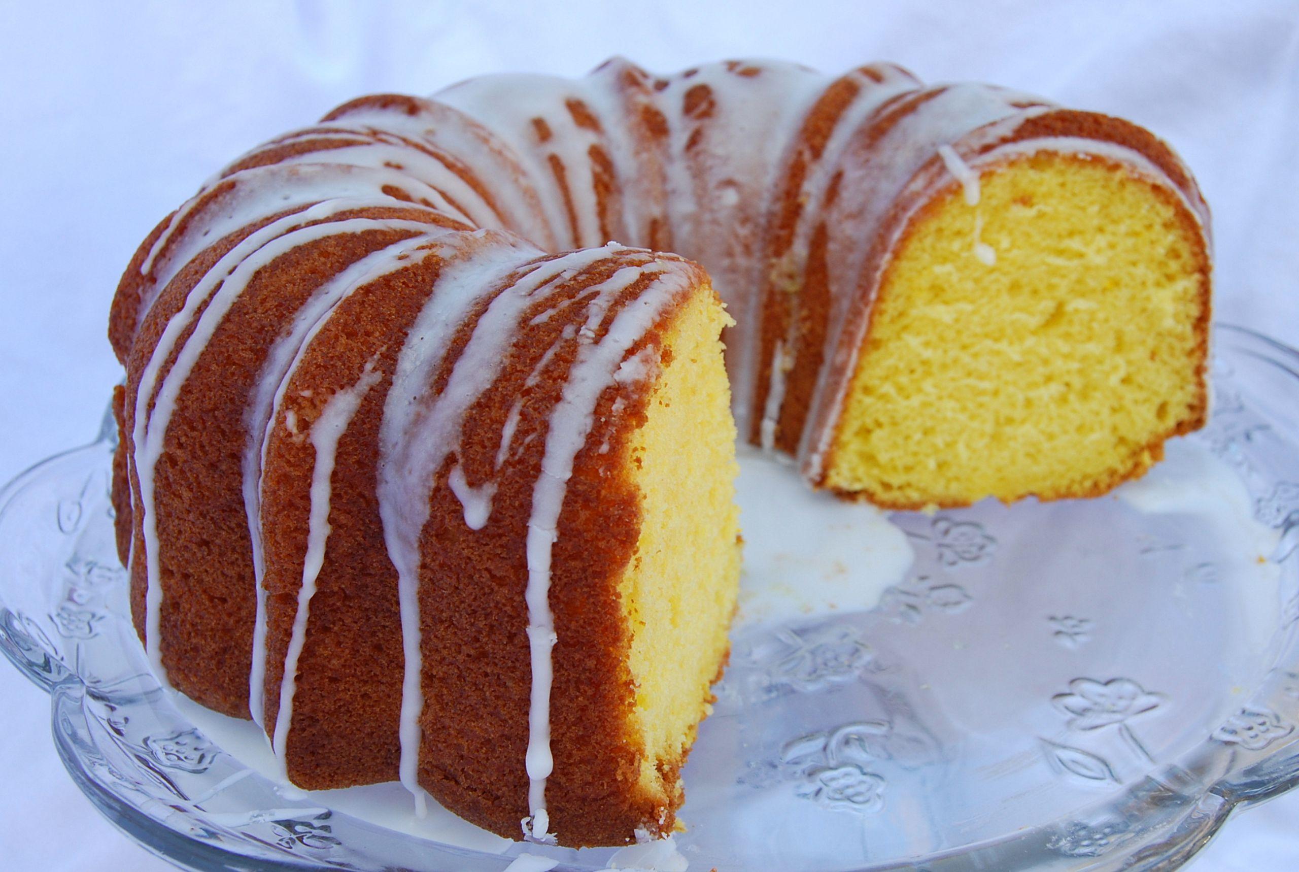 Lemon Bundt Cake From Cake Mix  Moist lemon bundt cake – In Mama Steph s Kitchen
