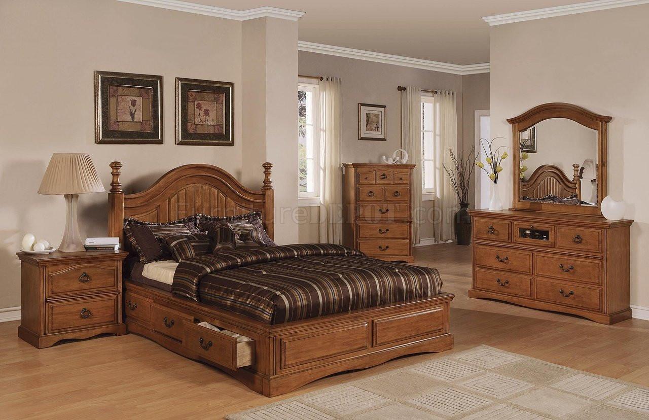 Light Brown Bedroom  Light Brown Pine Finish Classic Bedroom w Storage Bed