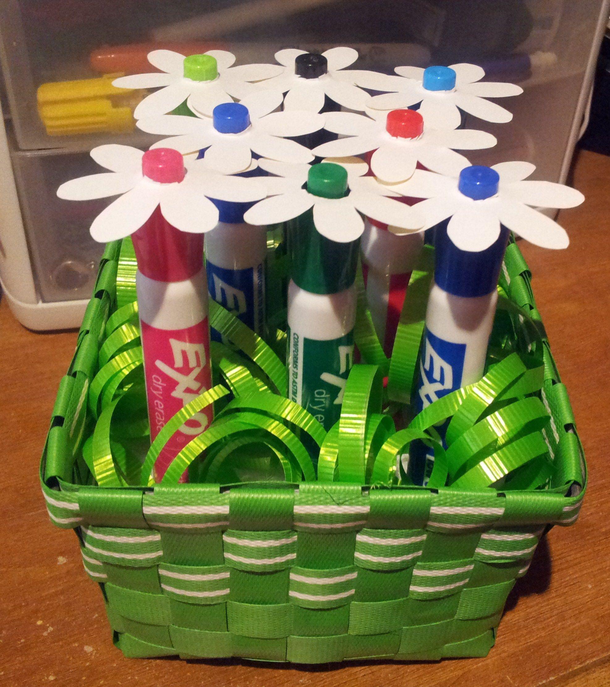 New Teacher Gift Basket Ideas  Best 25 New teacher ts ideas on Pinterest