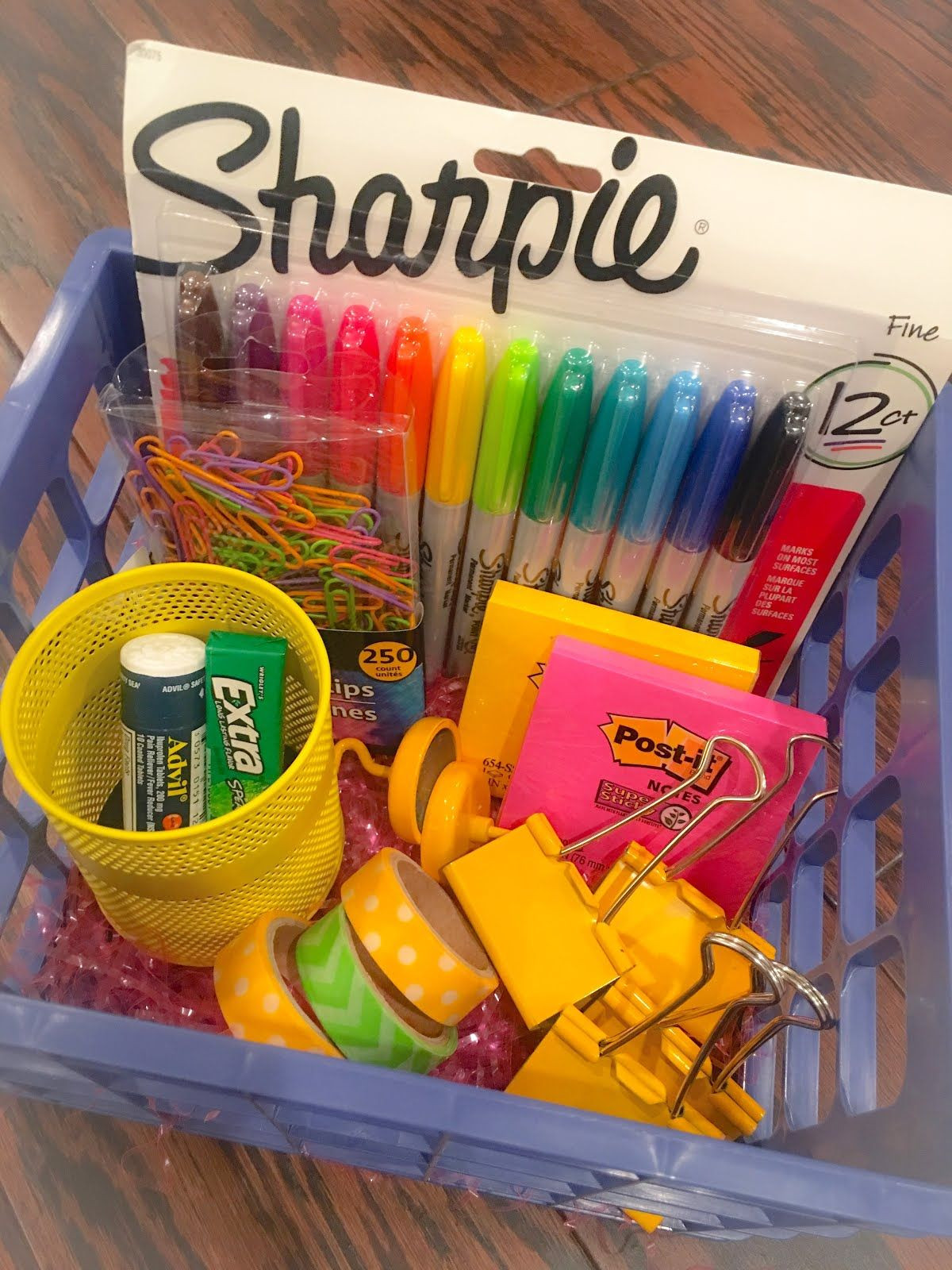 New Teacher Gift Basket Ideas  Back to School Teacher Gift Baskets