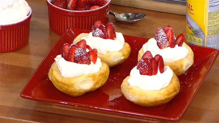 New Year Day Dessert Traditions  4 easy New Year's Eve dessert hacks TODAY