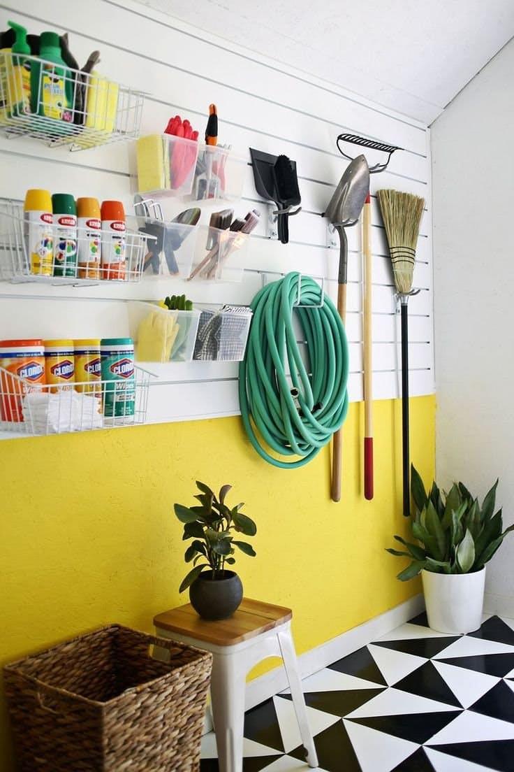 Organize Garage Workshop  Awesome DIY Garage Organization Ideas landeelu