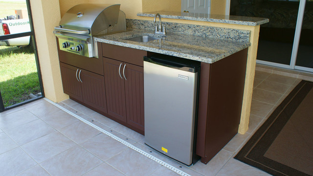Outdoor Kitchen Naples  Weatherproof Polymer Cabinetry in Southwest FloridaOutdoor