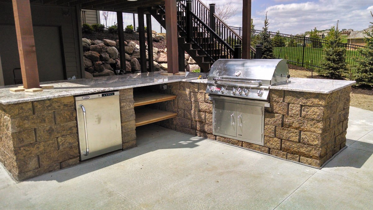 Outdoor Kitchen Omaha  Spaces Ideas Simple Tailgate Backyard Outdoor Kitchen