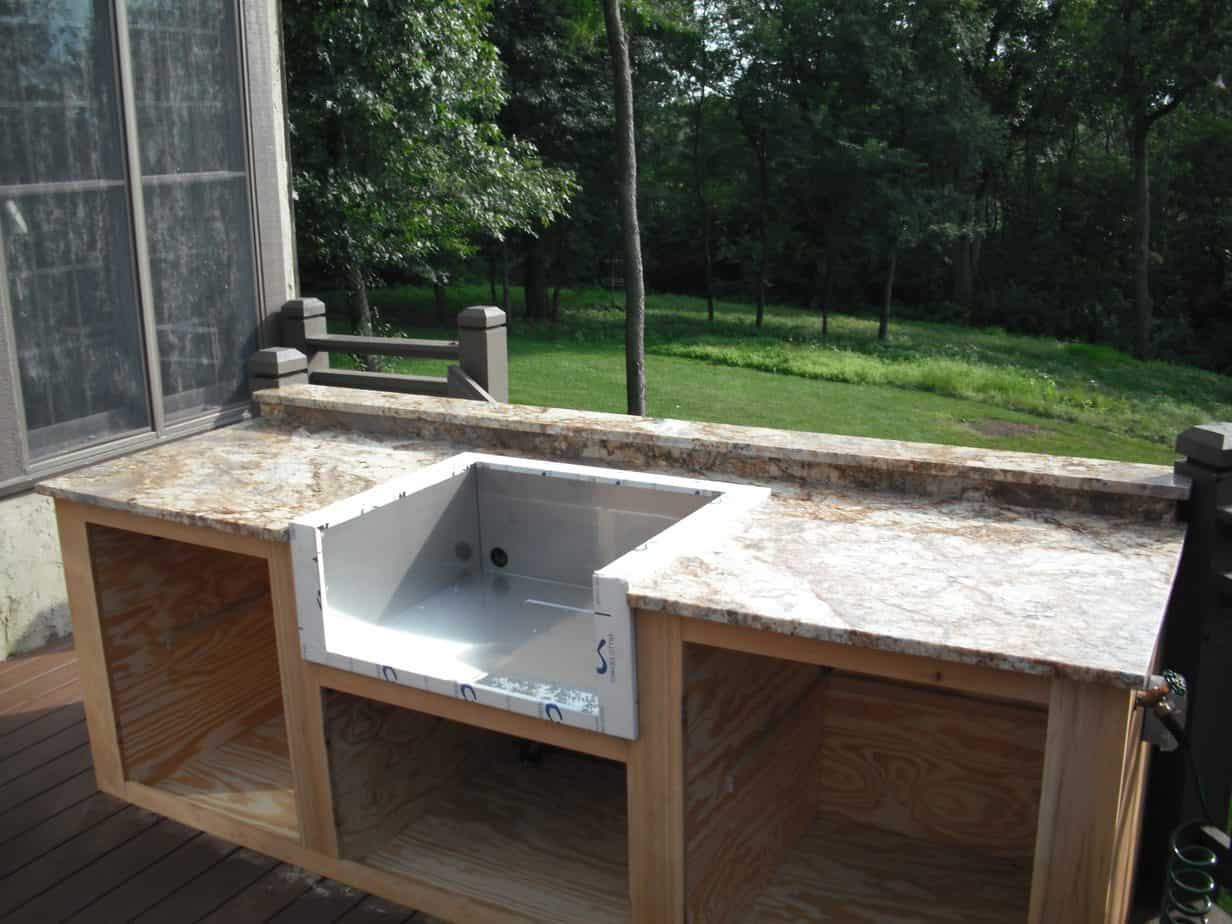 Outdoor Kitchen Sink  What to Consider When Selecting Your Outdoor Kitchen Sink