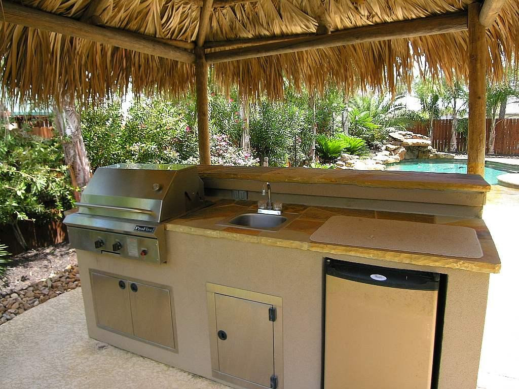 Outdoor Kitchen Sink  Grilling in the Great Outdoors Essential Ideas for Your