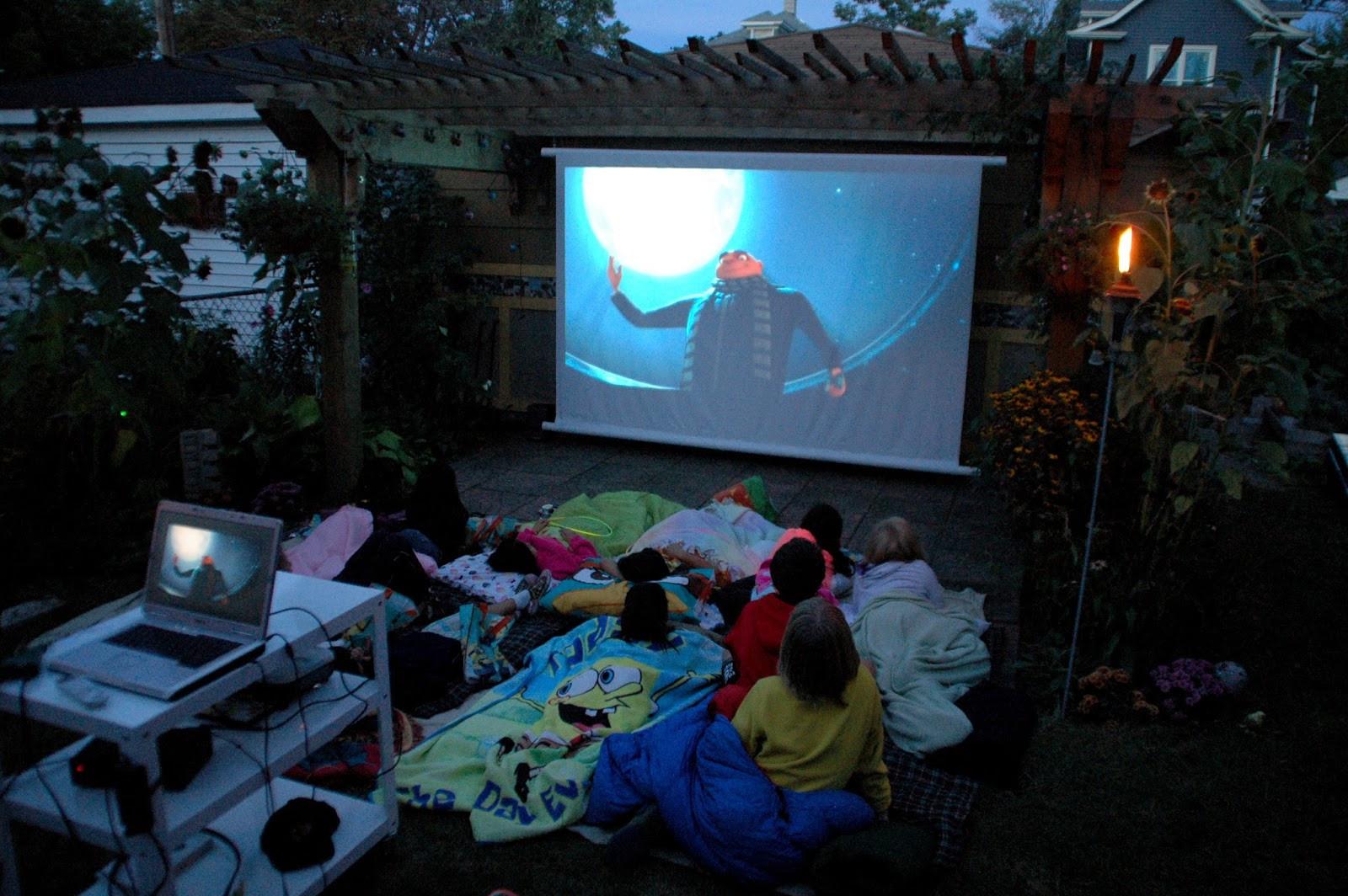 Outdoor Movie Screen DIY  Our Tiny Oak Park Bungalow DIY Outdoor Movie Screen