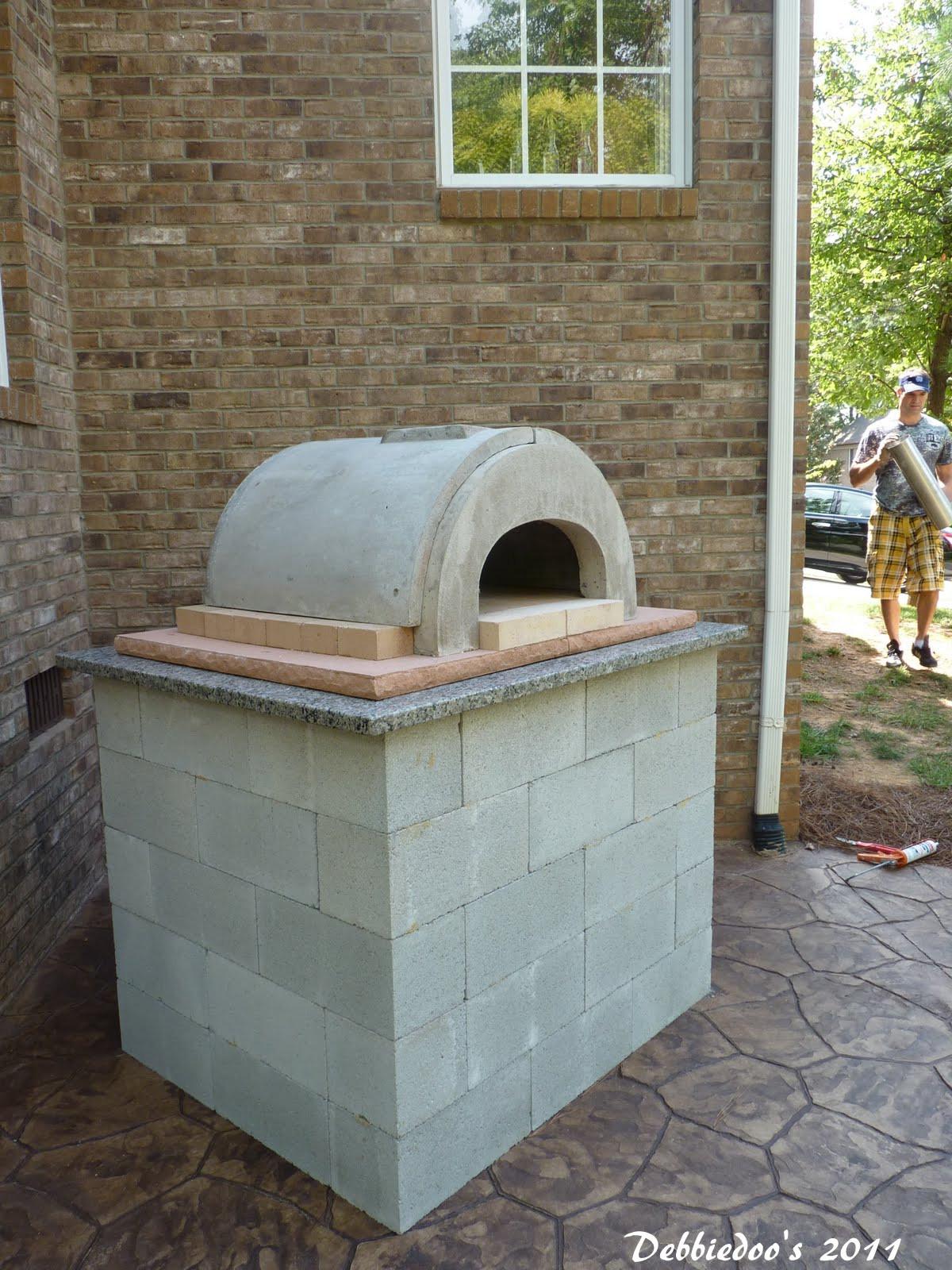 Outdoor Pizza Oven Plans DIY  DIY Outdoor pizza oven Debbiedoo s