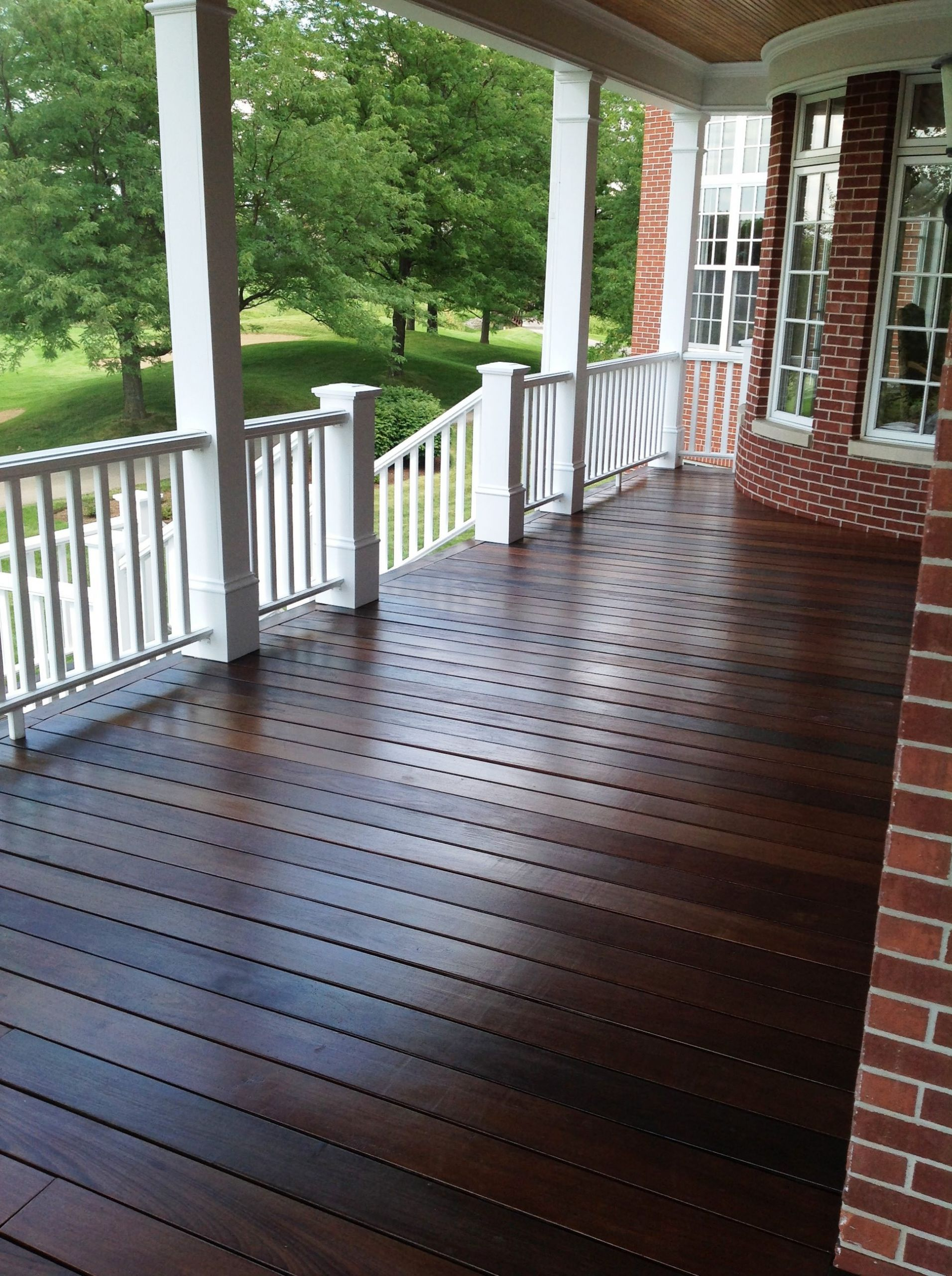 Paint A Deck  Factors to consider while choosing exterior paint colors