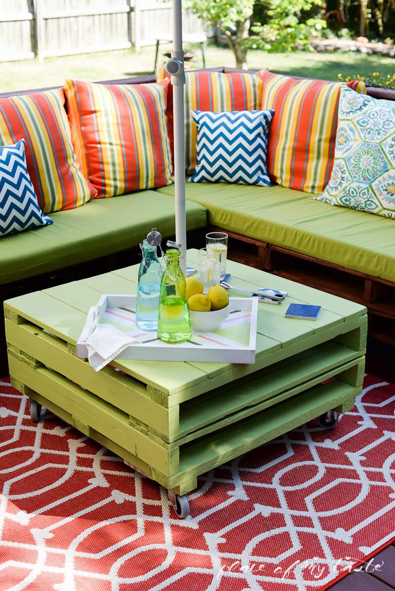 Pallet Backyard Furniture  DIY PALLET FURNITURE