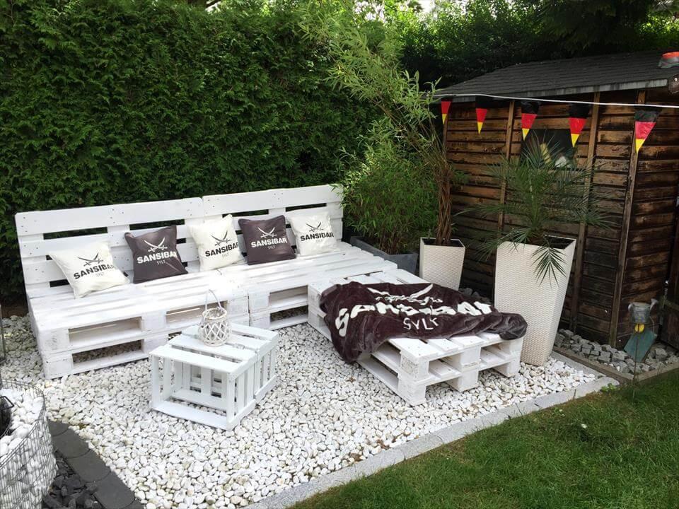 Pallet Backyard Furniture  Pallet Garden Furniture DIY Easy Pallet Ideas
