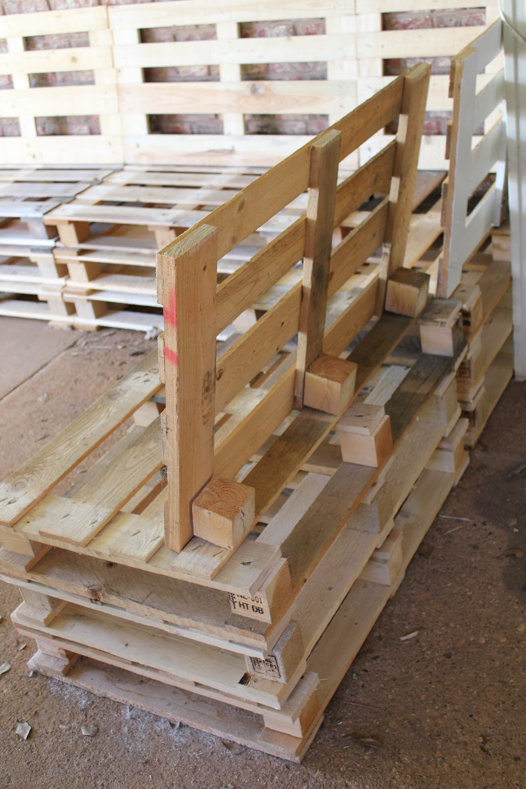 Pallet Backyard Furniture  DIY Outdoor Patio Furniture from Pallets