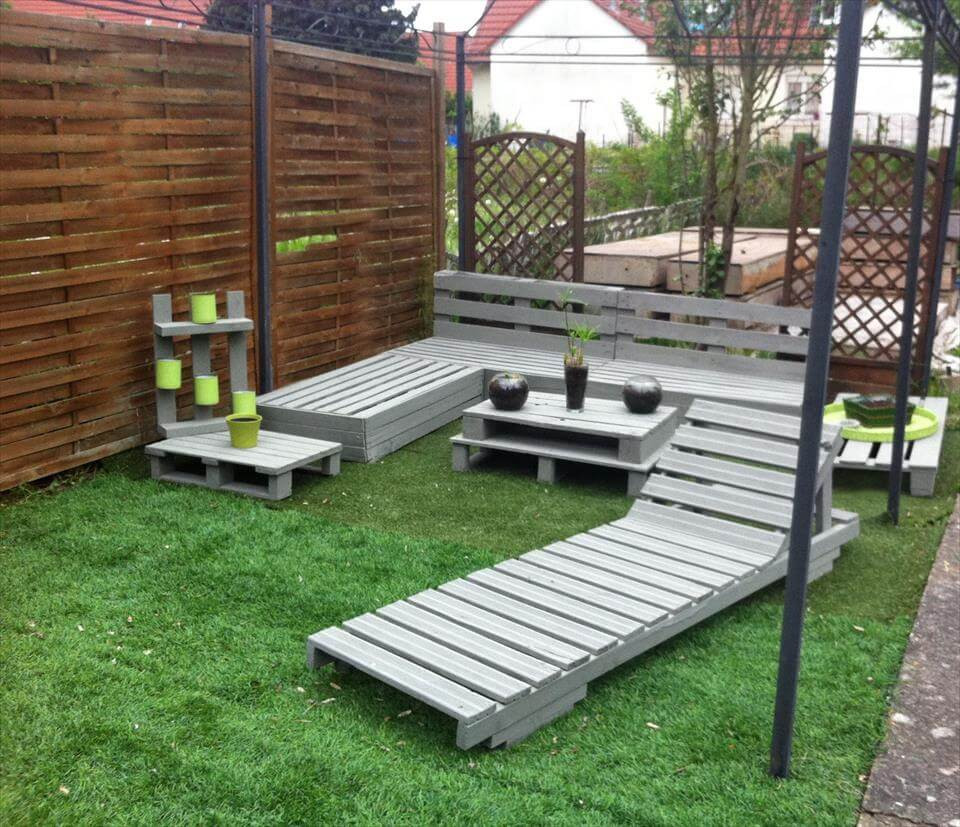 Pallet Backyard Furniture  DIY Pallet Garden and Patio Furniture Set Easy Pallet Ideas