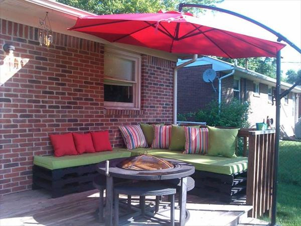 Pallet Backyard Furniture  DIY Pallet Outdoor Furniture Pieces