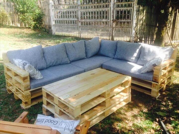Pallet Backyard Furniture  22 Cheap & Easy Pallet Outdoor Furniture