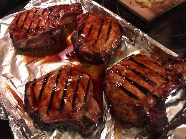 Pellet Grill Pork Chops  Camp Chef Woodwind SG Pellet Grill Pork Chops Resting