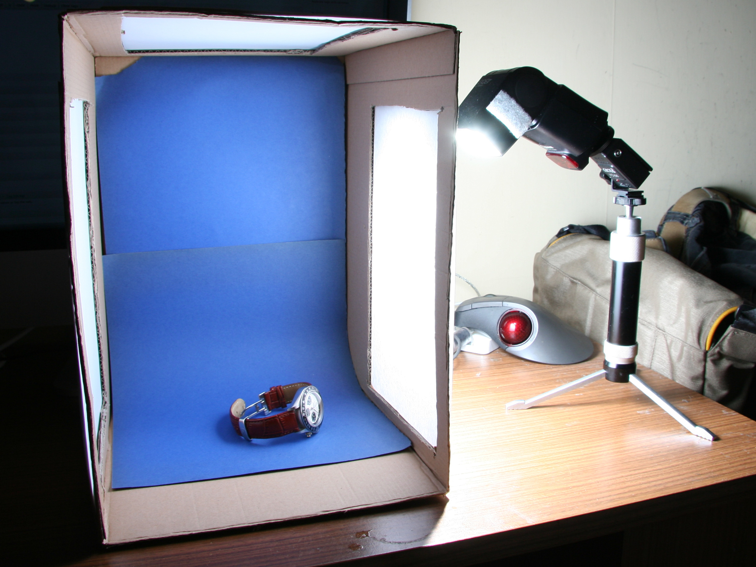 Photo Light Box DIY  File DIY Inexpensive Lightbox Wikimedia mons