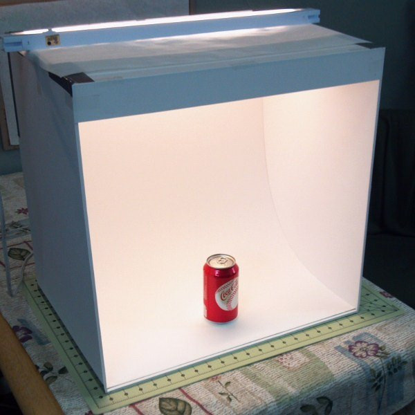 Photo Light Box DIY  Improve Your s – DIY Light Box – Tip Junkie
