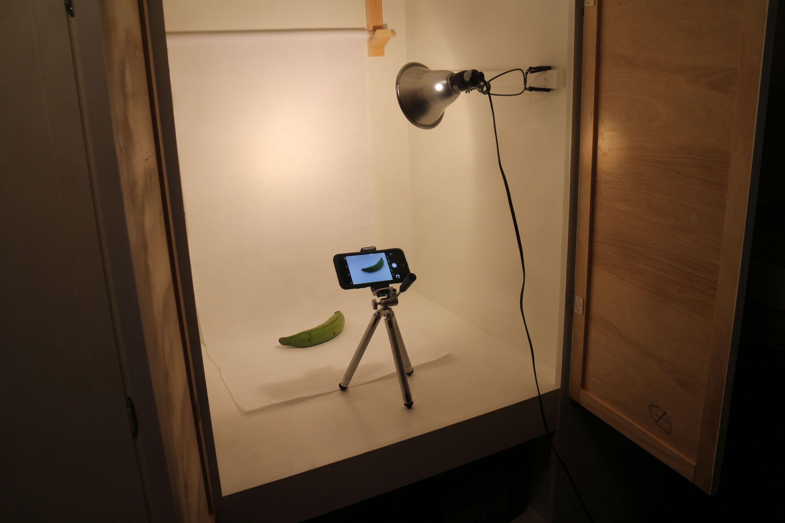 Photo Light Box DIY  DIY Lightbox graphy GoodStuffAtHome