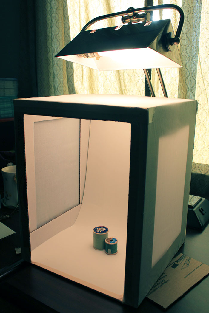 Photo Light Box DIY  DIY Light Box