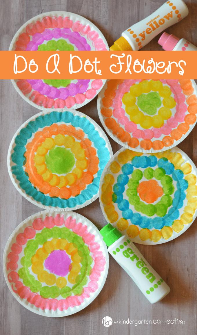 Preschool Craft Activities  Do a Dot Flower Craft for Kids Preschool Spring Craft