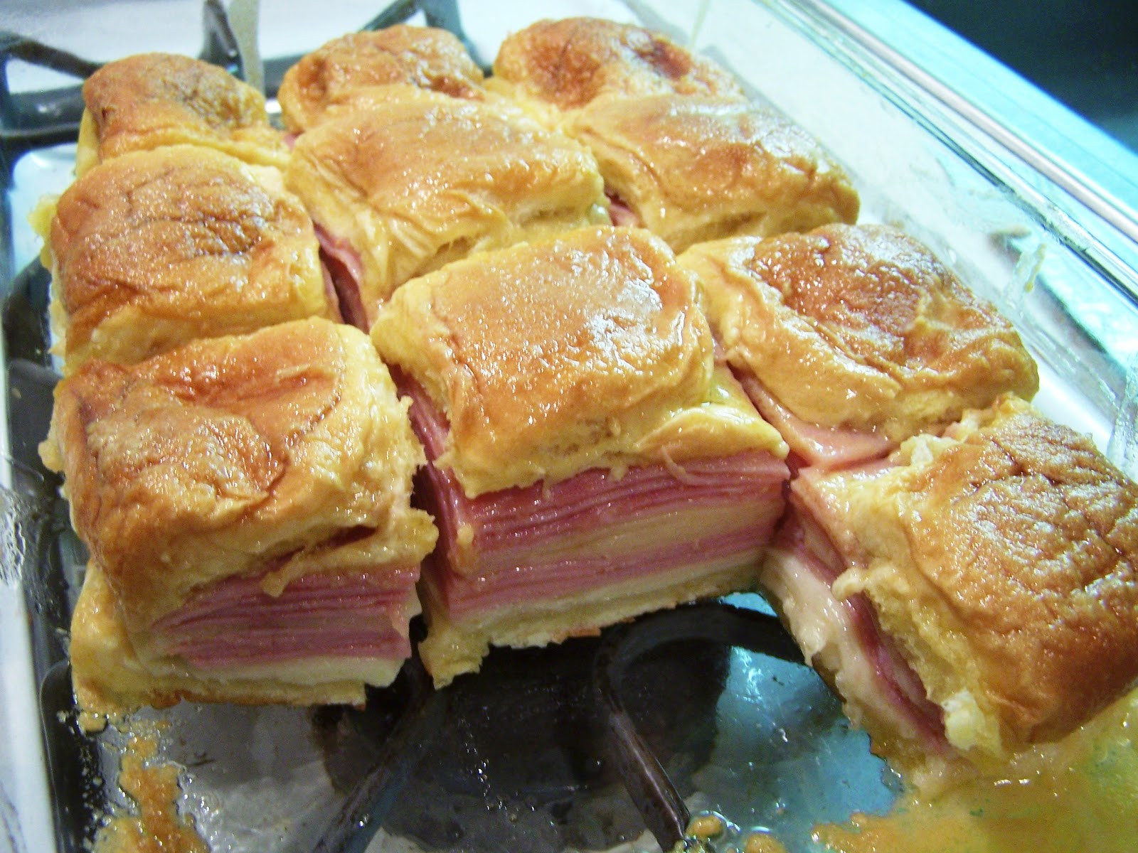 Recipe For Ham Sandwiches On Hawaiian Rolls  Cooking What I Pin Hawaiian Baked Ham and Swiss Sandwiches