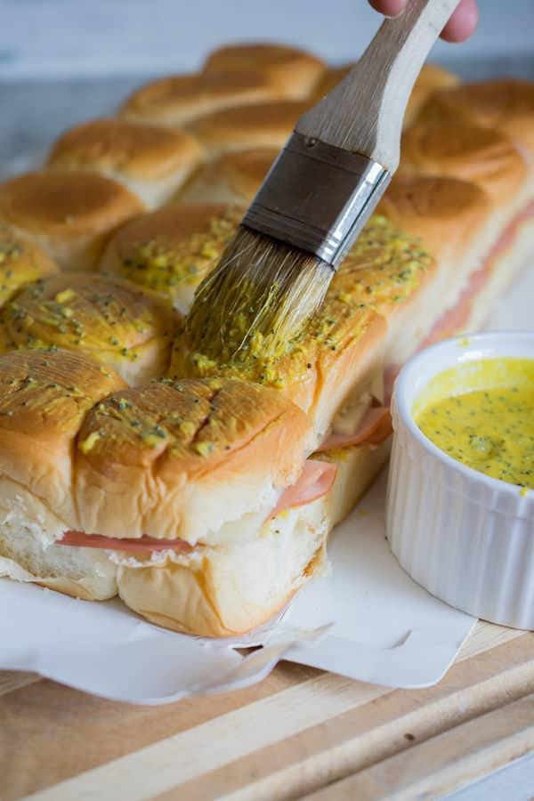 Recipe For Ham Sandwiches On Hawaiian Rolls  Ham and Swiss Hawaiian Slider Rolls