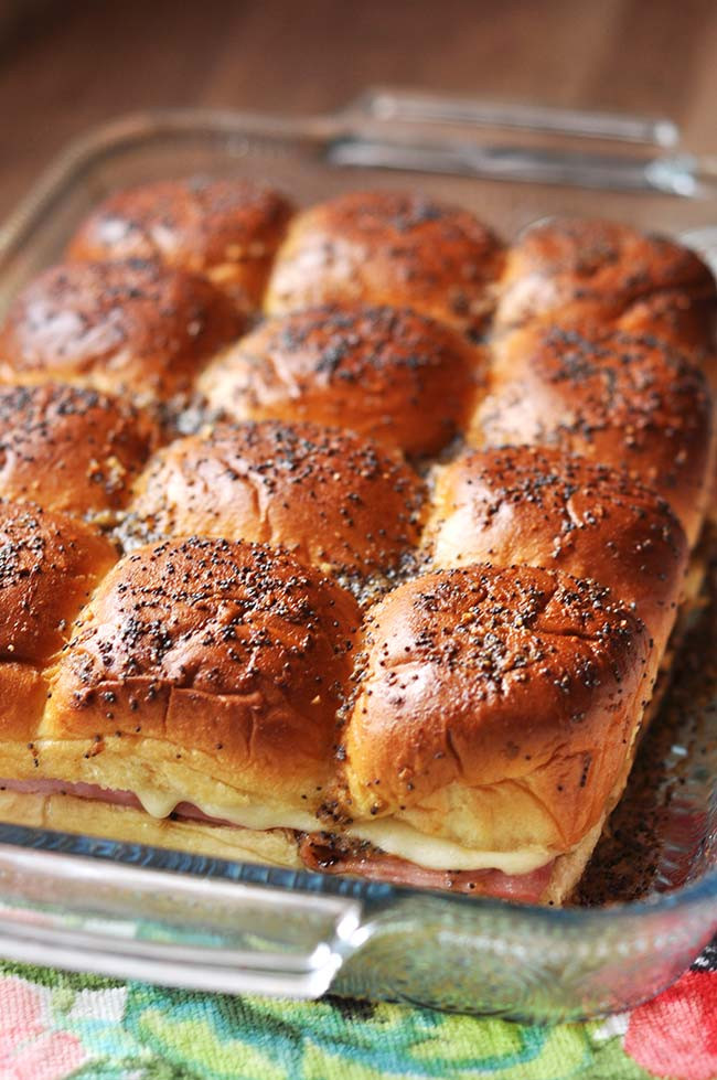 Recipe For Ham Sandwiches On Hawaiian Rolls  Ham and Cheese Hawaiian Roll Sandwiches