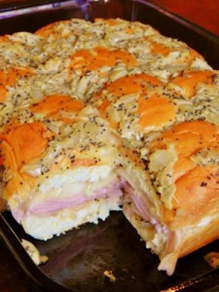 Recipe For Ham Sandwiches On Hawaiian Rolls  Kings Hawaiian Baked Ham Swiss Sandwiches Recipe